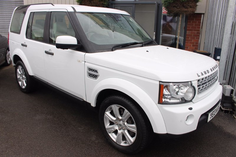 used Land Rover Discovery 4 SDV6 HSE-1OWNER-REVERSE CAM-REAR TV in warrington-cheshire