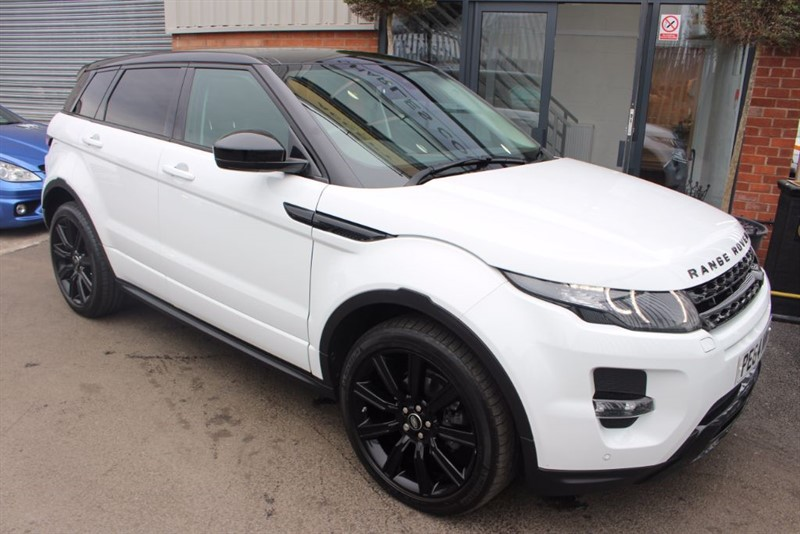 used Land Rover Range Rover Evoque SD4 DYNAMIC-PAN ROOF-REAR CAMERA-NAV in warrington-cheshire