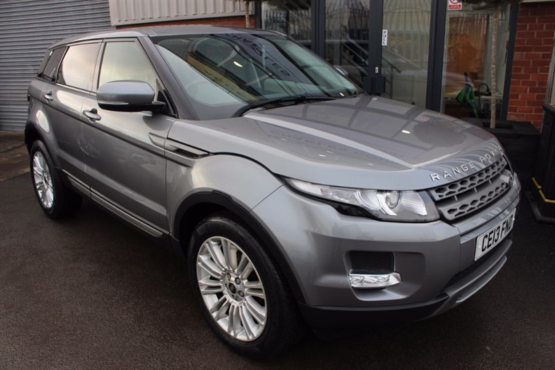 used Land Rover Range Rover Evoque SD4 PURE-PAN ROOF in warrington-cheshire