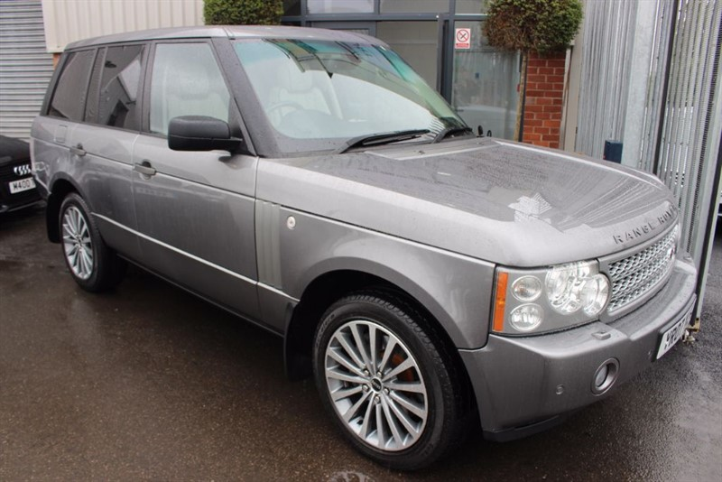 used Land Rover Range Rover TDV8 VOGUE-HEATED LEATHER-CRUISE CONTROL in warrington-cheshire