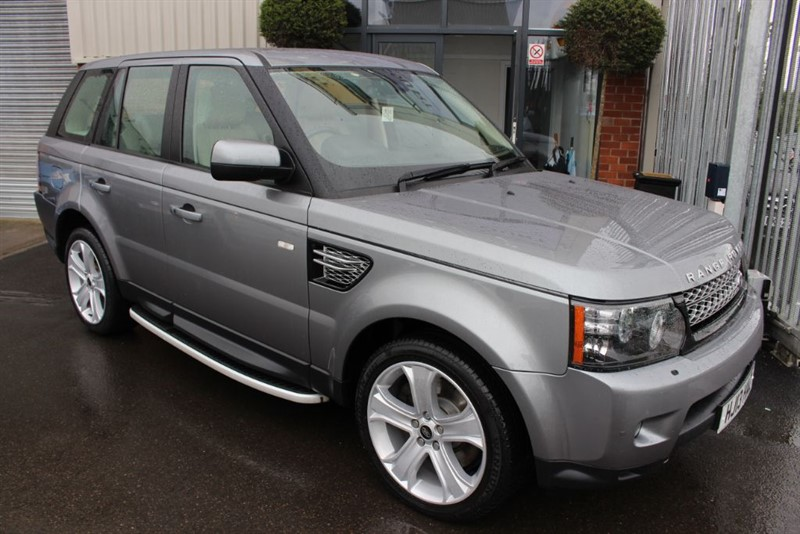 used Land Rover Range Rover Sport SDV6 HSE BLACK in warrington-cheshire