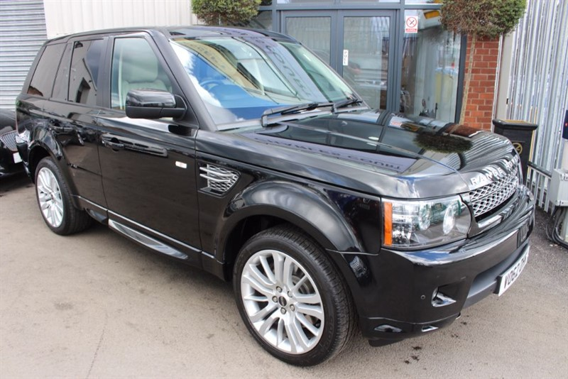 used Land Rover Range Rover Sport SDV6 HSE-STUNNING LOOKER WITH IVORY LEATHER in warrington-cheshire