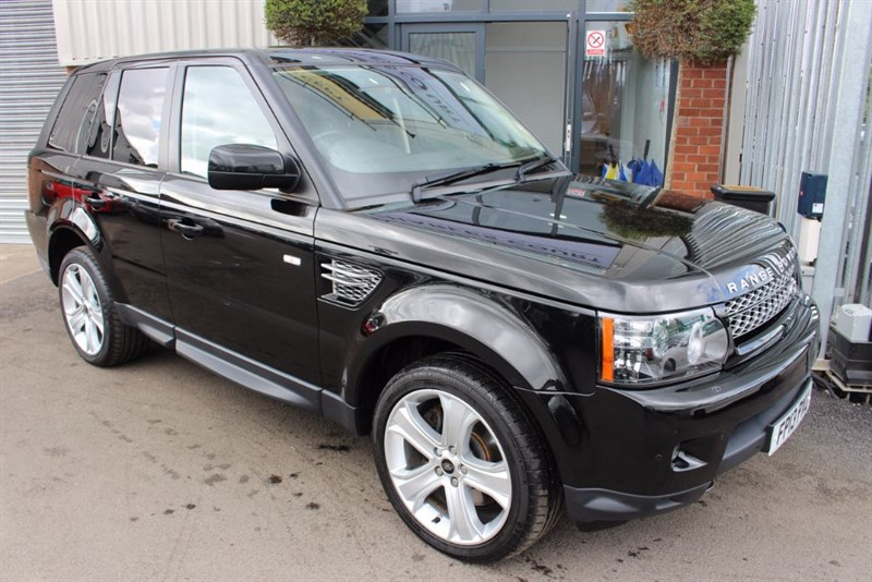 used Land Rover Range Rover Sport SDV6 HSE BLACK-LOW MILES-NAV-REAR CAM-TV in warrington-cheshire