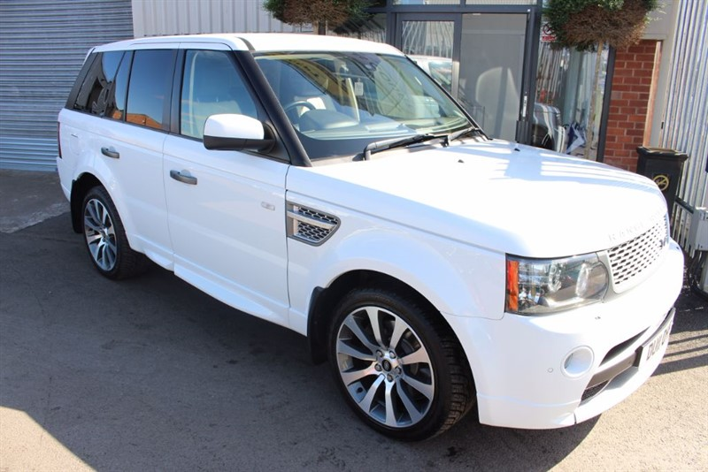 used Land Rover Range Rover Sport TDV6 AUTOBIOGRAPHY-2OWNER-TOP SPEC in warrington-cheshire