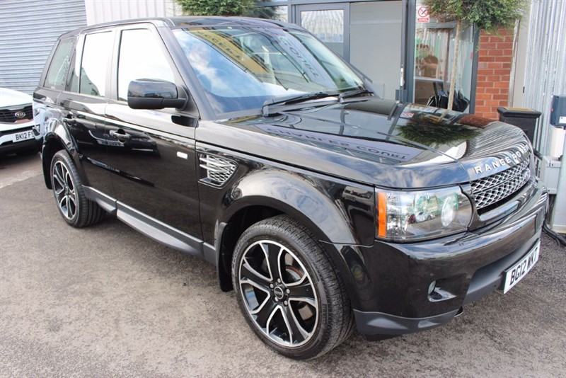 used Land Rover Range Rover Sport SDV6 HSE LUXURY-REAR ENTERTAINMENT in warrington-cheshire