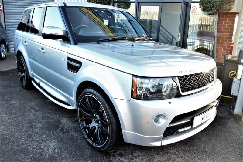 "used Land Rover Range Rover Sport SDV6 HSE LUXURY-22"" ALLOYS-SIDESTEPS-SUNROOF in warrington-cheshire"