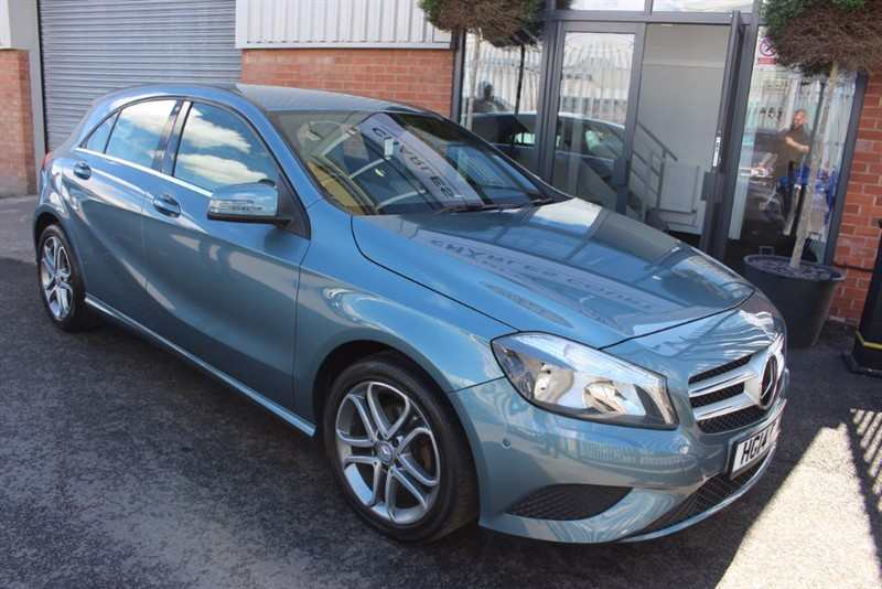 used Mercedes A180 CDI BLUEEFFICIENCY SPORT-1 OWNER in warrington-cheshire