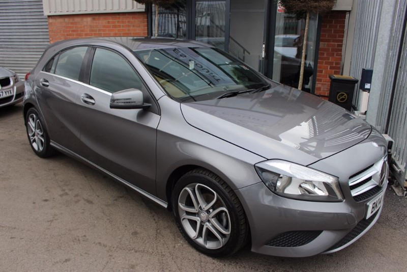 used Mercedes A180 CDI BLUEEFFICIENCY SPORT-1OWNER-REVERSE CAMERA in warrington-cheshire