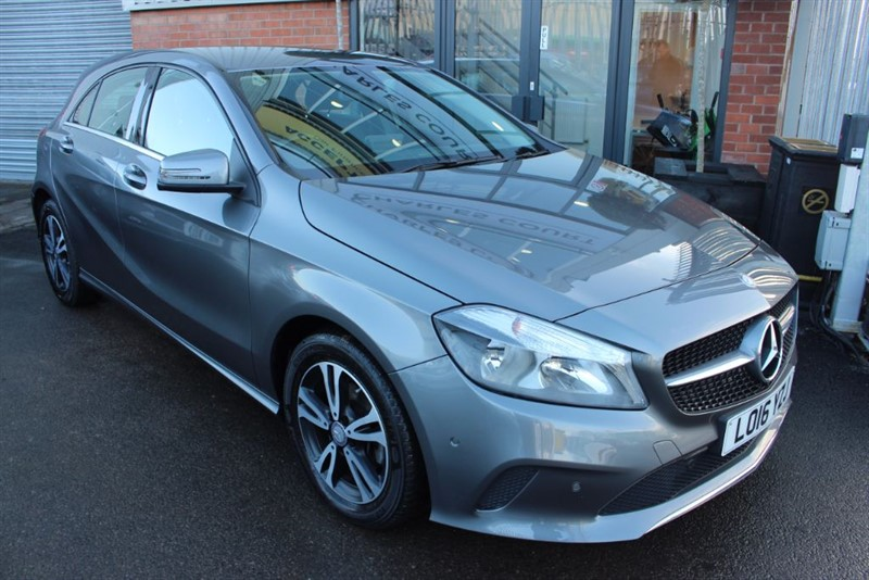 used Mercedes A180 D SE EXECUTIVE-SAT NAV-1 OWNER-BLUETOOTH-CRUISE CONTROL in warrington-cheshire