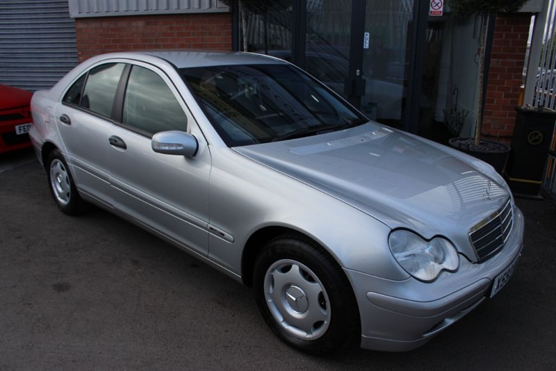 used Mercedes C180 CLASSIC-NATIONWIDE DELIVERY in warrington-cheshire
