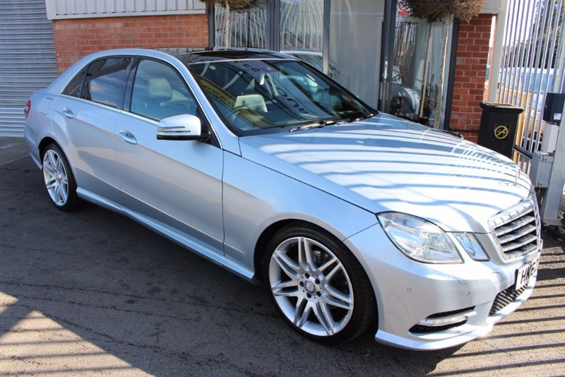 "used Mercedes E250 CDI BLUEEFFICIENCY SPORT-19""ALLOYS-PANROOF in warrington-cheshire"