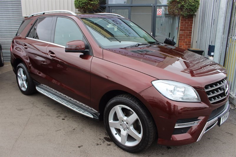 used Mercedes ML250 BLUETEC AMG SPORT-SATNAV-HEATED SEATS & SIDESTEPS in warrington-cheshire
