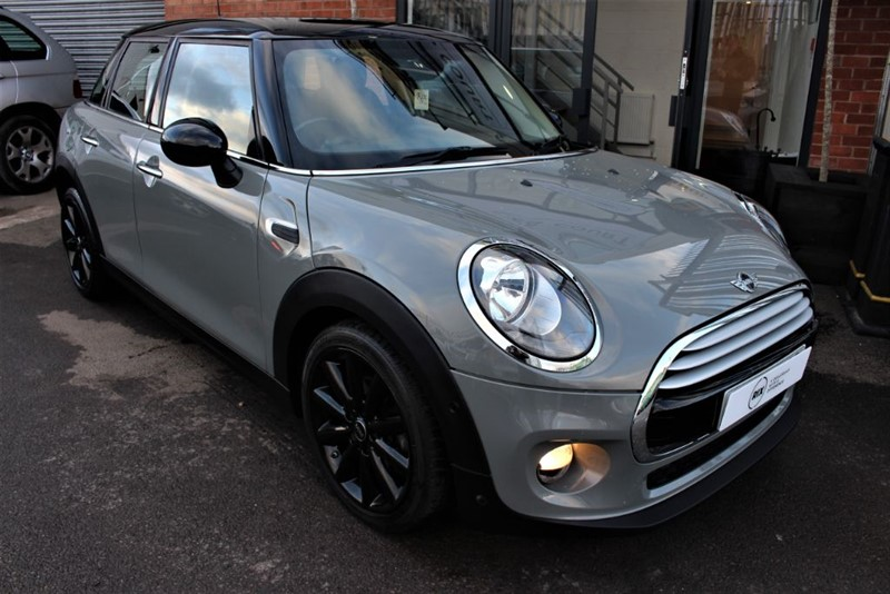 used MINI Cooper D-SATNAV-HEATED SEATS-CHILI PACK in warrington-cheshire