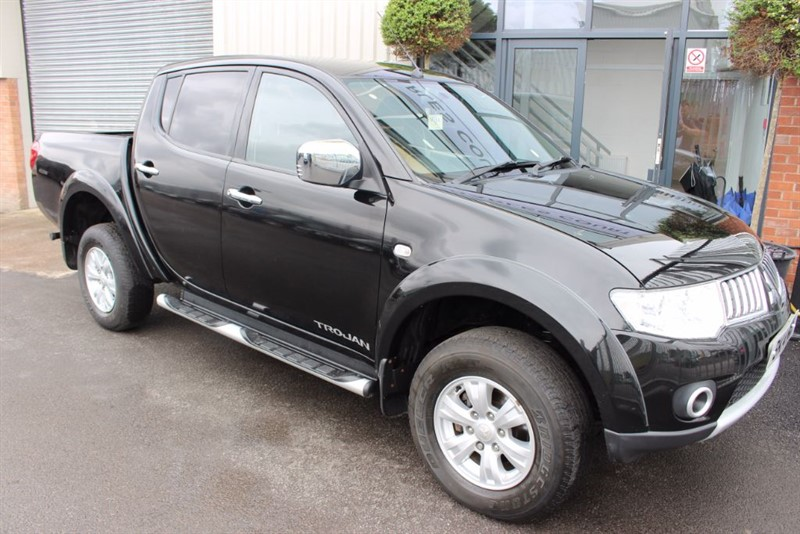 used Mitsubishi L200 DI-D 4X4 TROJAN DCB-GREAT EXAMPLE in warrington-cheshire