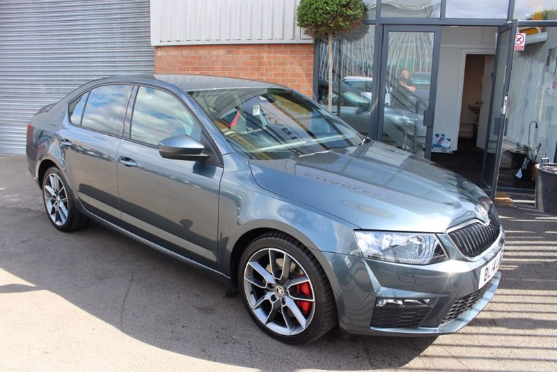 used Skoda Octavia VRS TDI CR-£30 ROAD TAX in warrington-cheshire