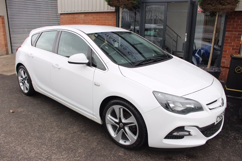 used Vauxhall Astra LIMITED EDITION CDTI in warrington-cheshire