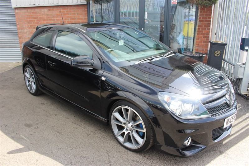 used Vauxhall Astra VXRACING in warrington-cheshire