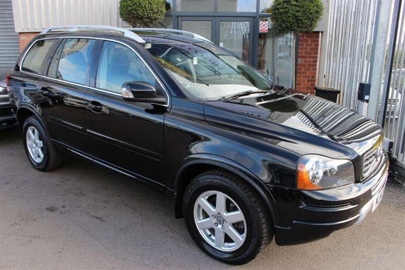used Volvo XC90 D5 ES AWD-CLIMATE CONTROL-LEATHER UPHOLSTERY in warrington-cheshire