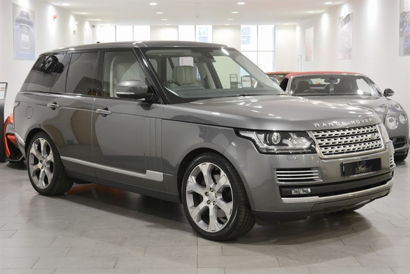 used Land Rover Range Rover SDV8 VOGUE SE in sheffield-south-yorkshire
