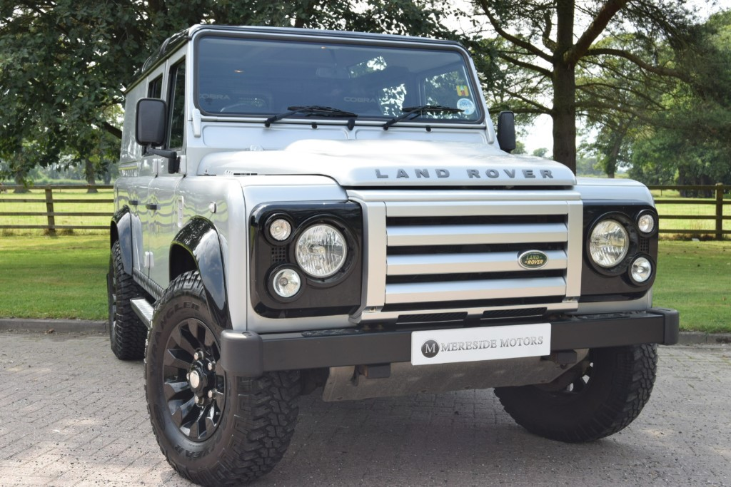 used Land Rover Defender TD XS UTILITY WAGON in knutsford-cheshire