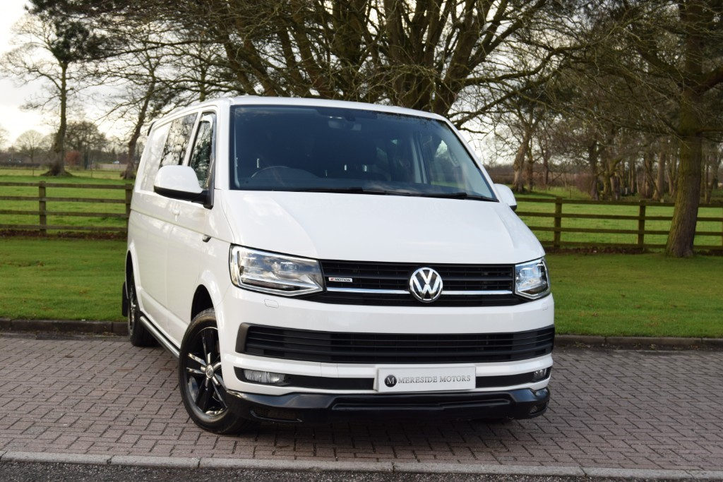 used VW Transporter T32 TDI KOMBI HIGHLINE 4MOTION BMT in knutsford-cheshire