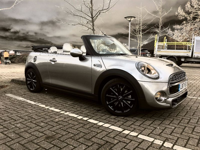 used MINI Convertible COOPER S in Warlingham-Surrey