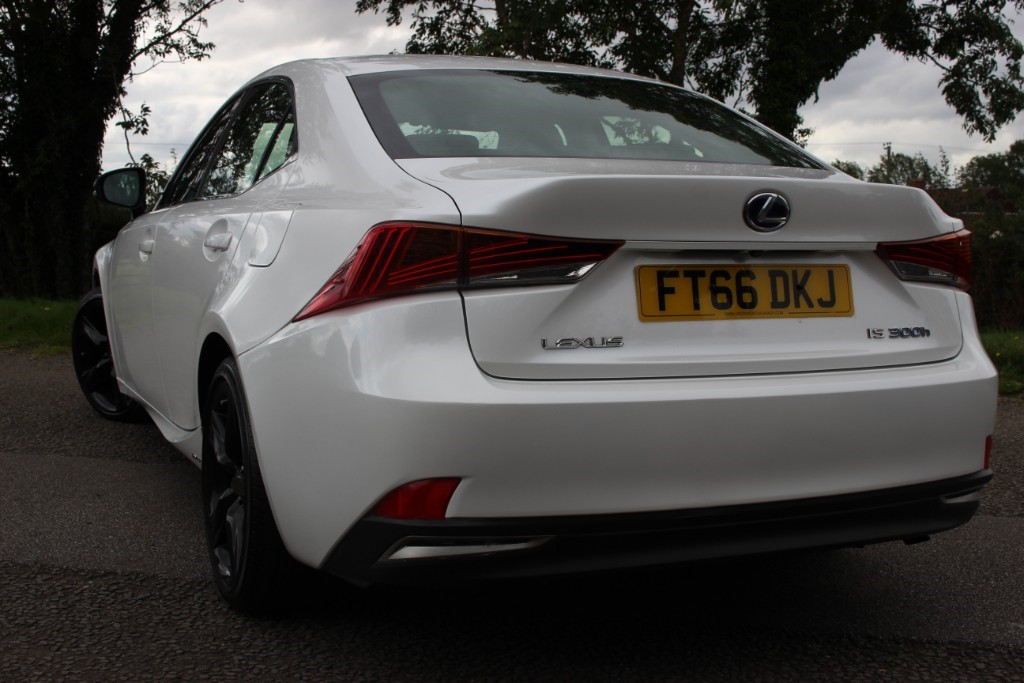 Lexus IS IS 300hSport Auto for sale - Sheffield, South