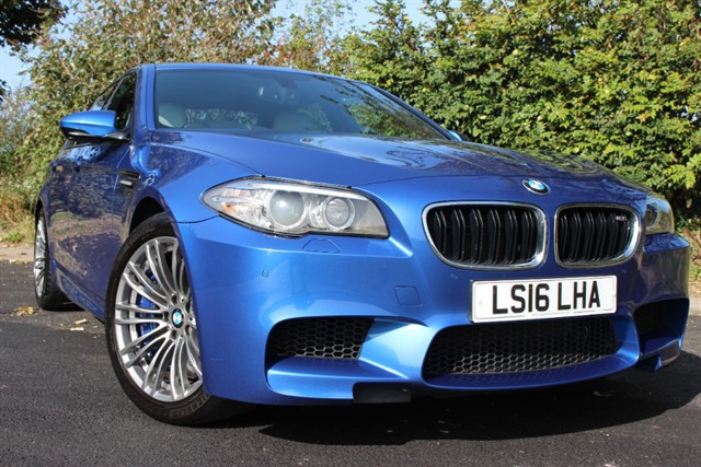 used BMW M5 DCT Saloon in sheffield-south-yorkshire