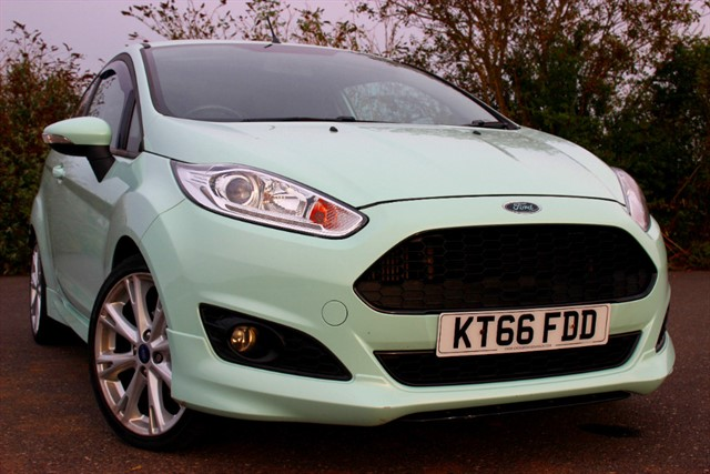 used Ford Fiesta Zetec S in sheffield-south-yorkshire