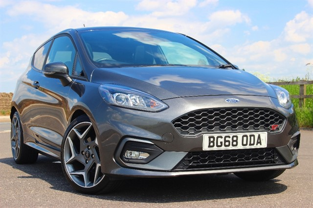 used Ford Fiesta ST-3 - Performance Pack in sheffield-south-yorkshire
