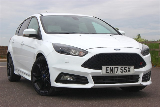used Ford Focus ST-3 - Sat Nav in sheffield-south-yorkshire