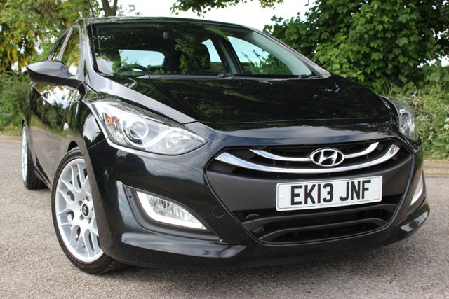 used Hyundai i30 Active in sheffield-south-yorkshire