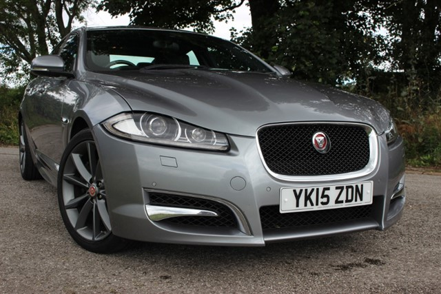 used Jaguar XF d V6 R-Sport Auto in sheffield-south-yorkshire