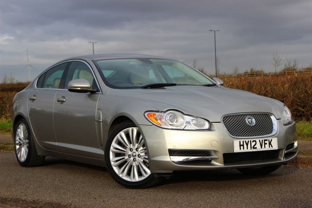 used Jaguar XF d V6 Premium Luxury in sheffield-south-yorkshire