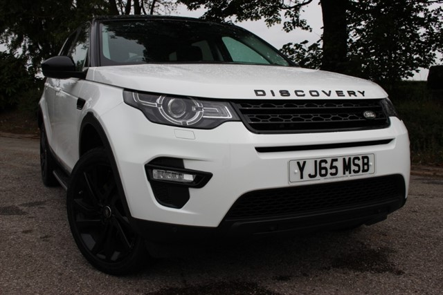 used Land Rover Discovery Sport TD4 HSE Black 7 Seat in sheffield-south-yorkshire