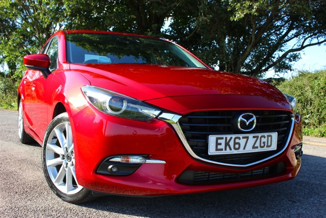 used Mazda Mazda3 Sport Nav SkyActiv-D Auto in sheffield-south-yorkshire
