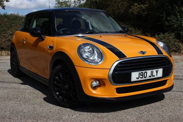 used MINI Cooper 'Chili Pack' in sheffield-south-yorkshire