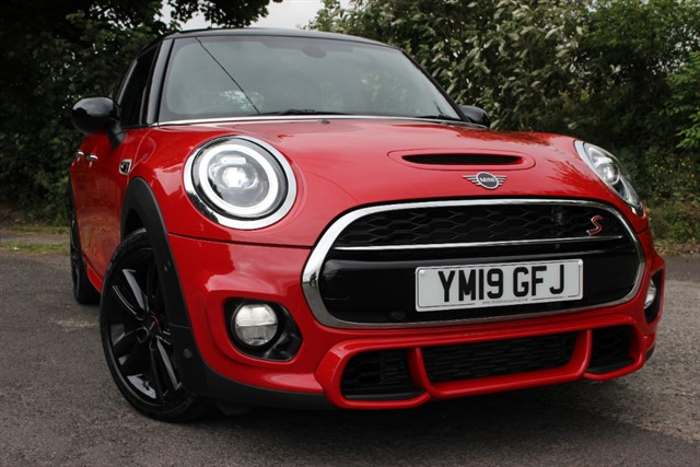 used MINI Cooper S Sport Auto 'JCW Sport Pack' in sheffield-south-yorkshire