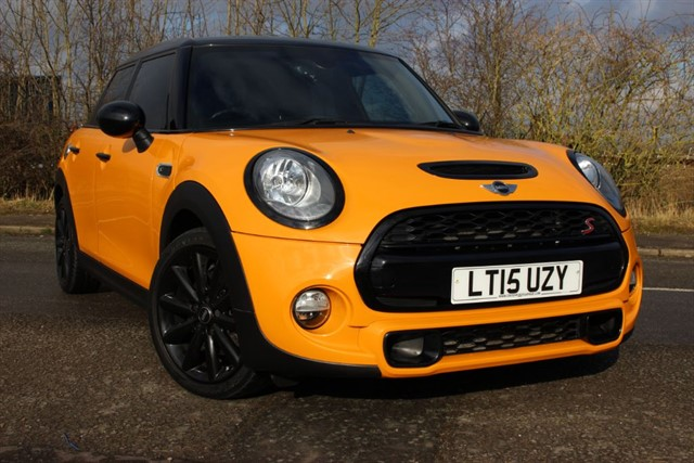 used MINI Cooper S D 'Chili Pack' in sheffield-south-yorkshire