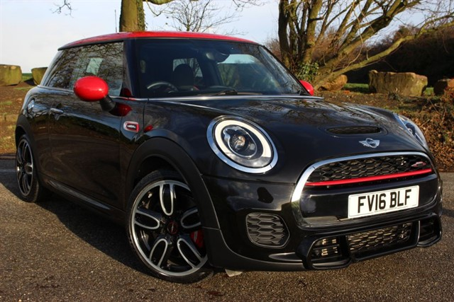 used MINI John Cooper Works 'Chili - Media XL' in sheffield-south-yorkshire