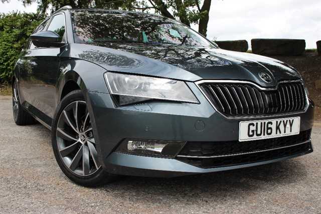 used Skoda Superb Laurin and Klement 4x4 TDI DSG in sheffield-south-yorkshire