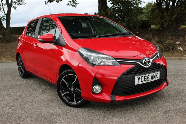 used Toyota Yaris Sport Nav VVT-I in sheffield-south-yorkshire