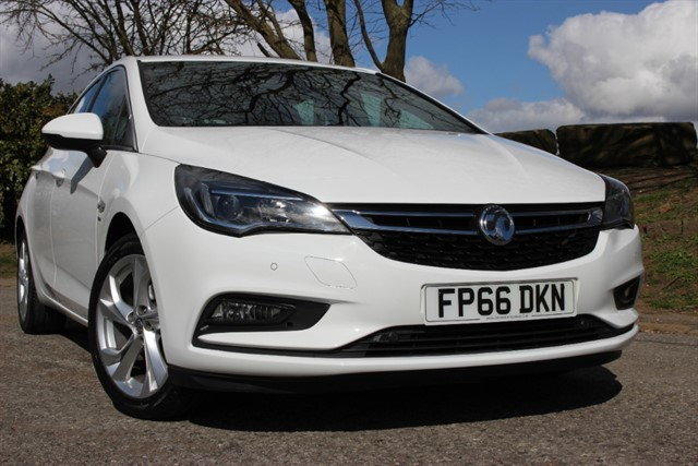 used Vauxhall Astra SRI Turbo in sheffield-south-yorkshire