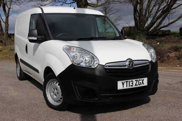 used Vauxhall Combo 2000 L1H1 CDTI ecoFlex - NO VAT in sheffield-south-yorkshire