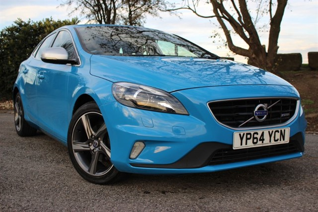 used Volvo V40 D2 R-Design Lux in sheffield-south-yorkshire