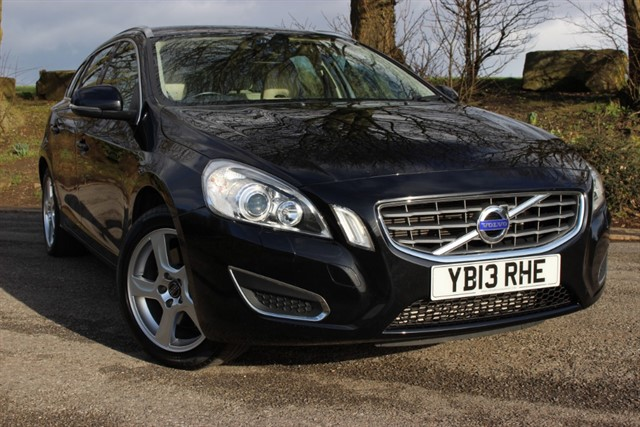 used Volvo V60 D5 SE Lux Auto in sheffield-south-yorkshire