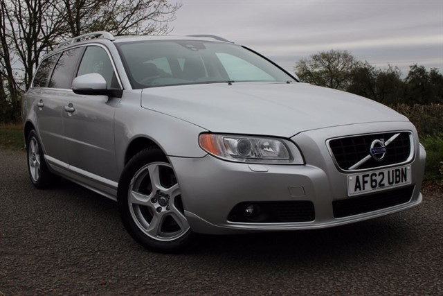 used Volvo V70 D5 SE LUX in sheffield-south-yorkshire