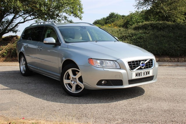 used Volvo V70 D3 SE LUX in sheffield-south-yorkshire