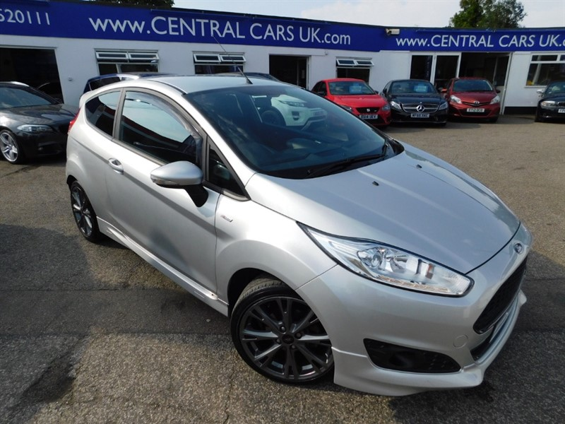 used Ford Fiesta ST-LINE in leigh