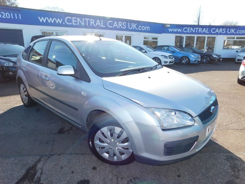 used Ford Focus LX 16V in leigh